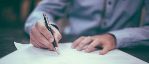 Signing Documents - Image by Free-Photos from Pixabay